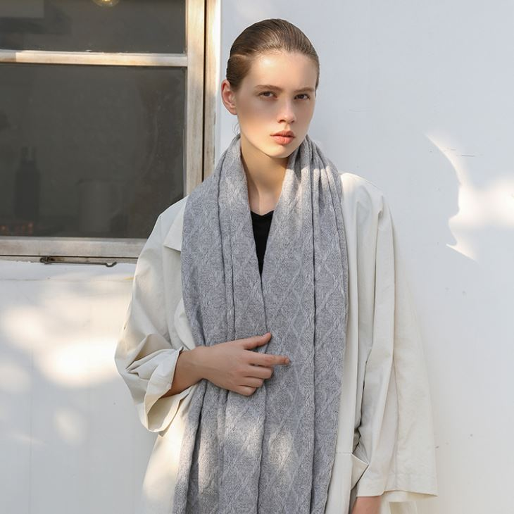 Gray Knitted Cashmere Scarf