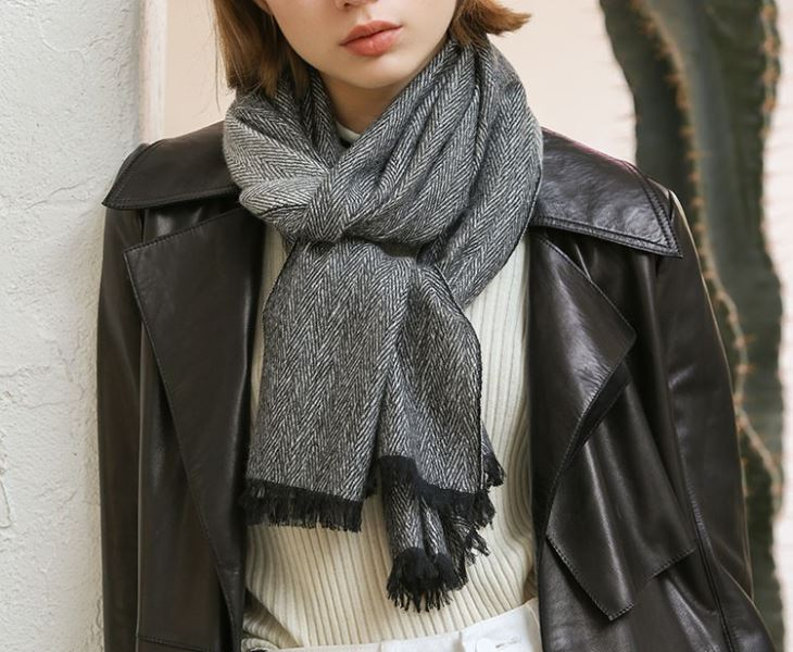 Oversized Classic Cashmere Scarf